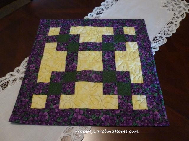 Bed Ideas Quick Squares Table Topper | Favequilts.com