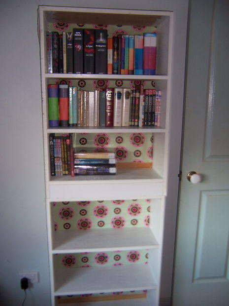 Beautiful Bookshelf Decoupage  FaveCraftscom