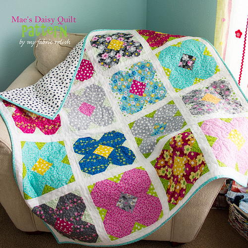 Maes Daisy Lap Quilt Pattern  FaveQuiltscom