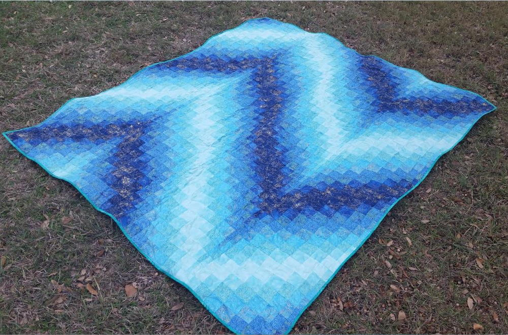 Blue Bargello Quilt Pattern  FaveQuiltscom