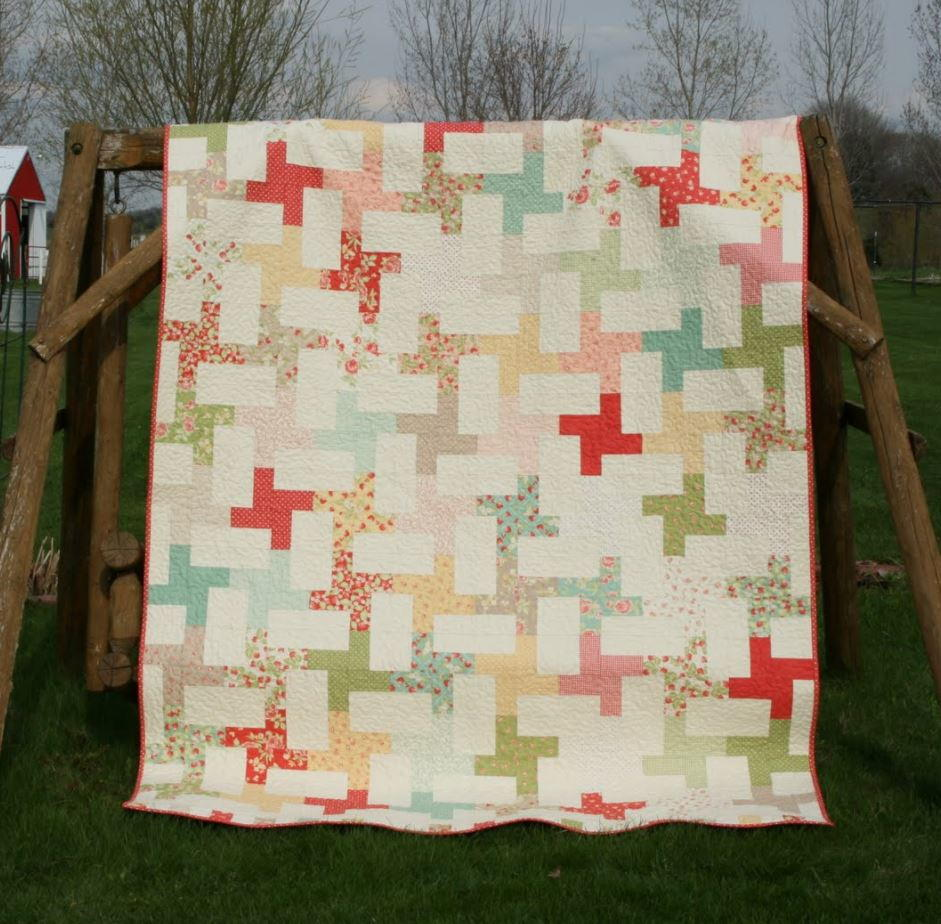 Twists and Cartwheels Quilt  FaveQuiltscom