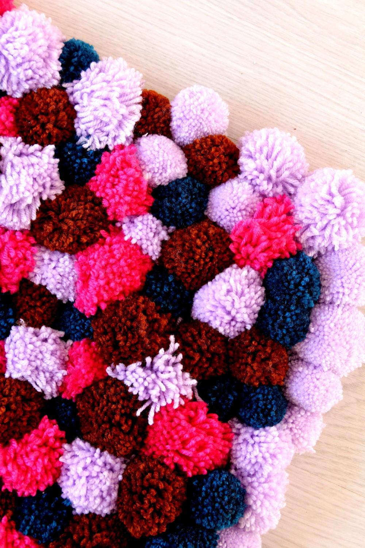 Cute Pom Pom DIY Rug  DIYIdeaCentercom