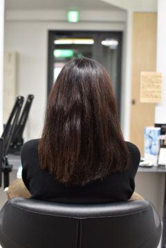 まとまりのないヘアスタイル