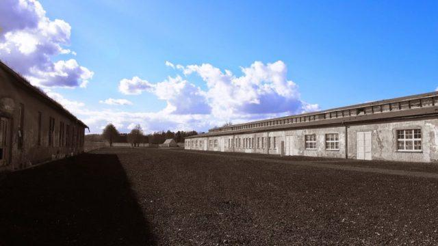"""Blick über das ehemalige Lager. Rechts das Werkstattgebäude, die ehemalige """"Schneiderei"""""""