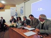 Signing of the agreement between IRI, INIA, and the Uruguay Ministry of Agriculture.
