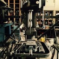 Bohrmaschine mit Metallspänen