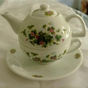 Irish Porcelain Shamrock Floral Tea For One - $38.00