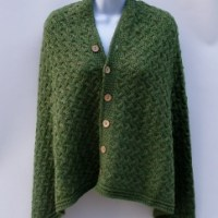 Supersoft Merino Wool 'Wear It Three Ways' Cape – Gorgeous! $110.00