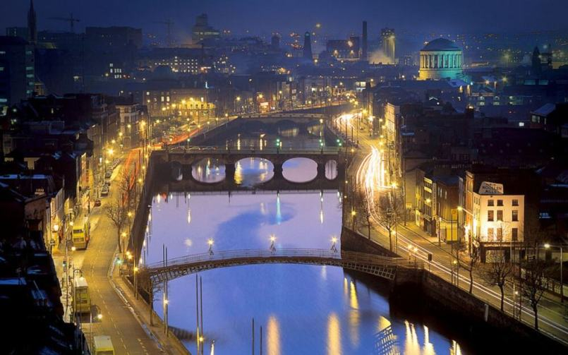 Dublin at Night - visit Ireland