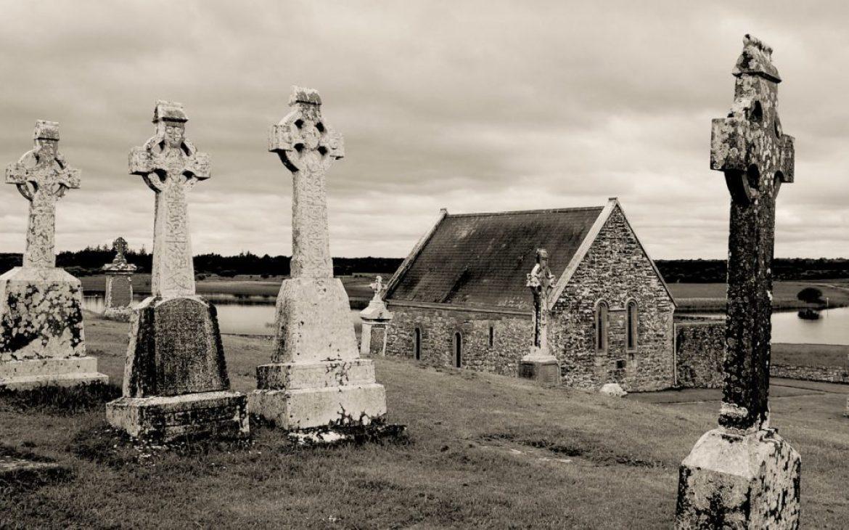 Celtic Empire reignited, Clonmacnoise monastery