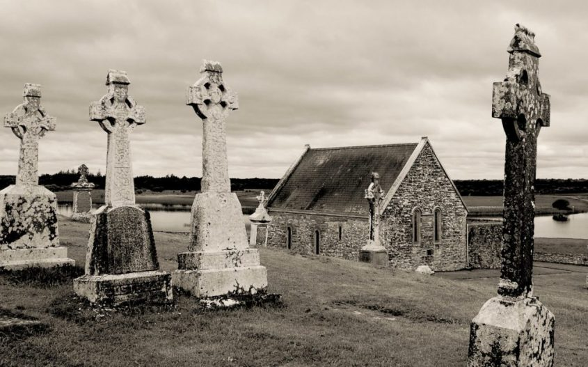 Celtic Empire reignited, Clonmacnoise monastery