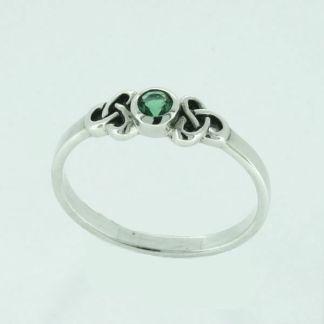 petite_emerald_quartz_with_trinity_knots