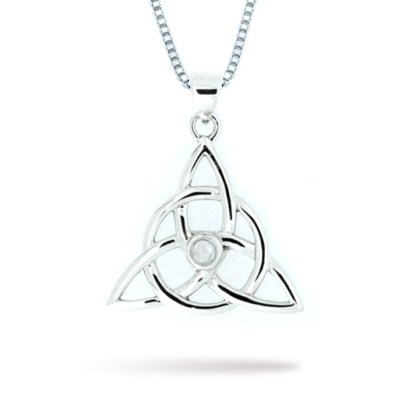 triquetra_with_moonstone