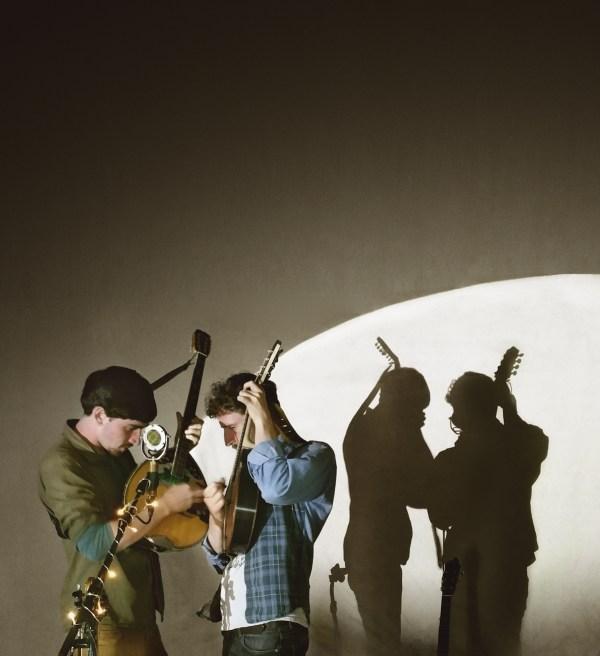 Les deux musiciens et leur ombres