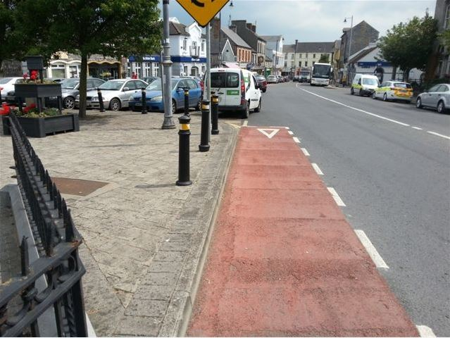end of cycle lane