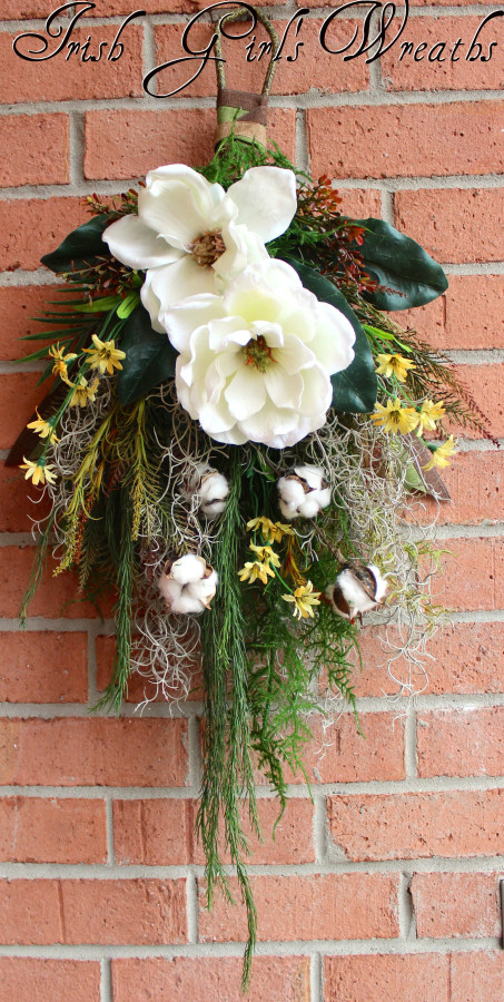 Bayou Floral Wall Hanging Wreath