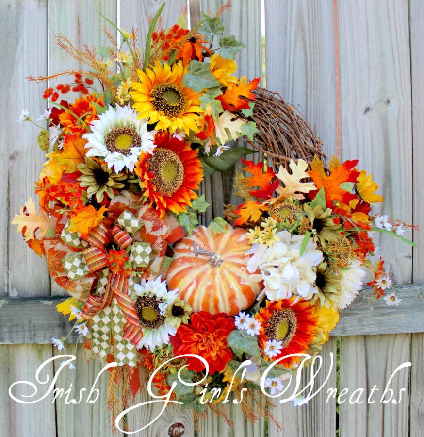 Cheerful Early Autumn Sunflower Wreath