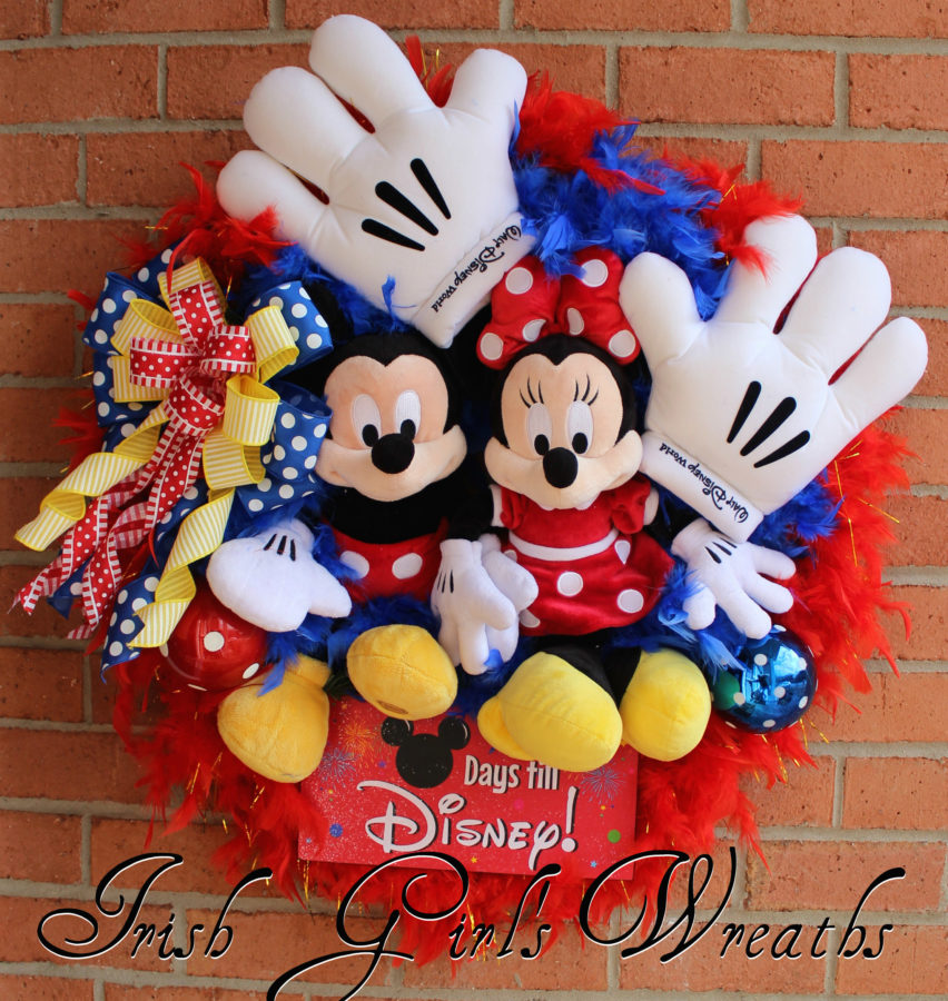Countdown to Disney Mickey and Minnie Mouse Wreath