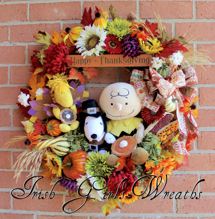 Thanksgiving Charlie Brown and Pilgrim Snoopy Wreath