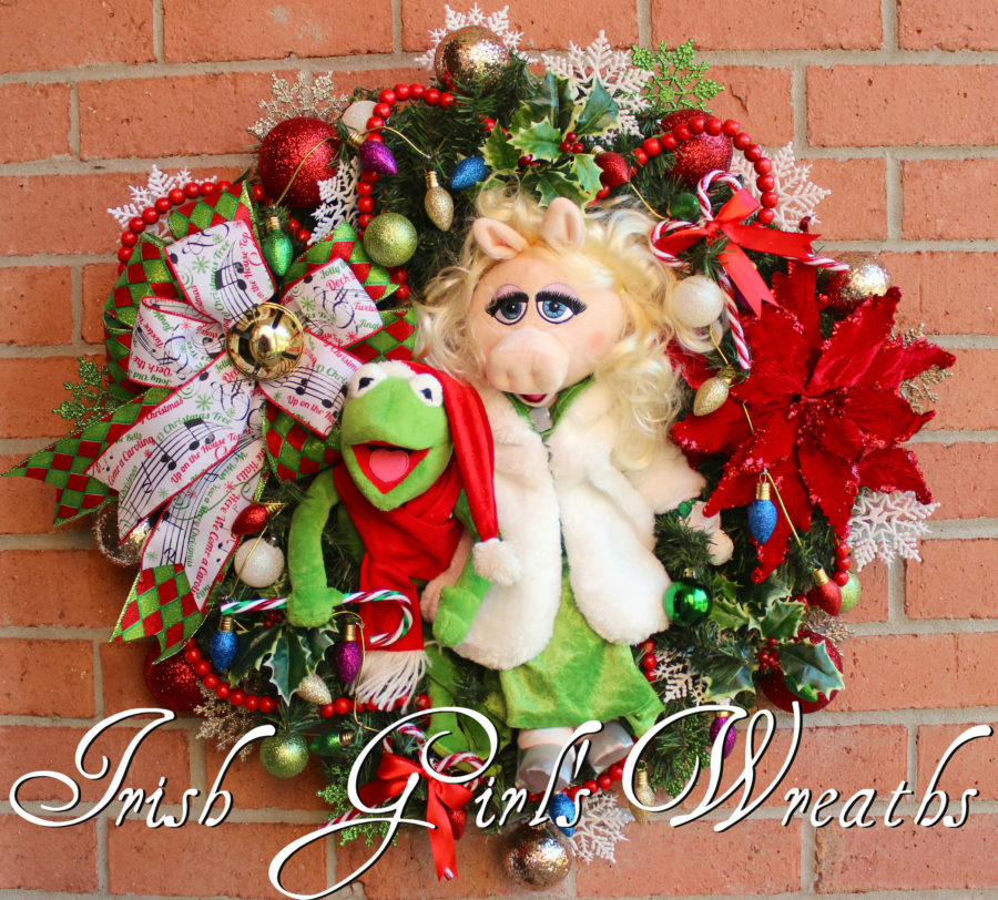 Kermit and Miss Piggy Christmas Wreath