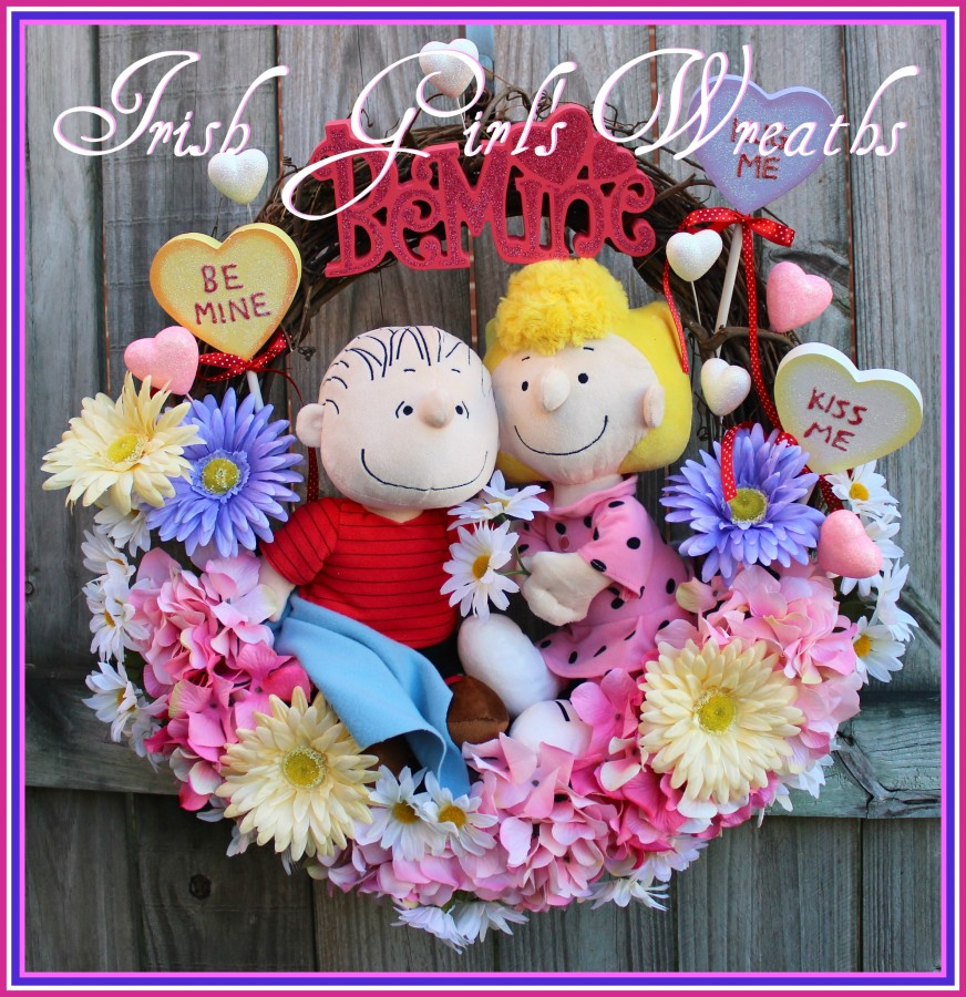 Sweet Baboo Peanuts Valentine Wreath