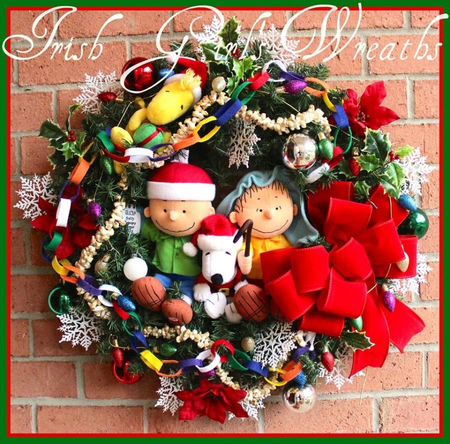Charlie Brown Peanuts Gang Christmas Wreath