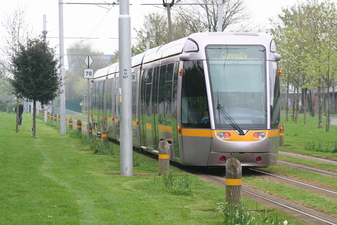 Close-up of a LUAS (for railway fans)