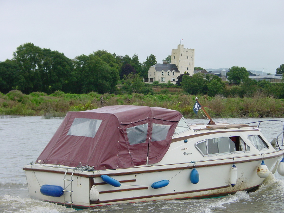 Cruiser Rindoon at Tybroughney Castle