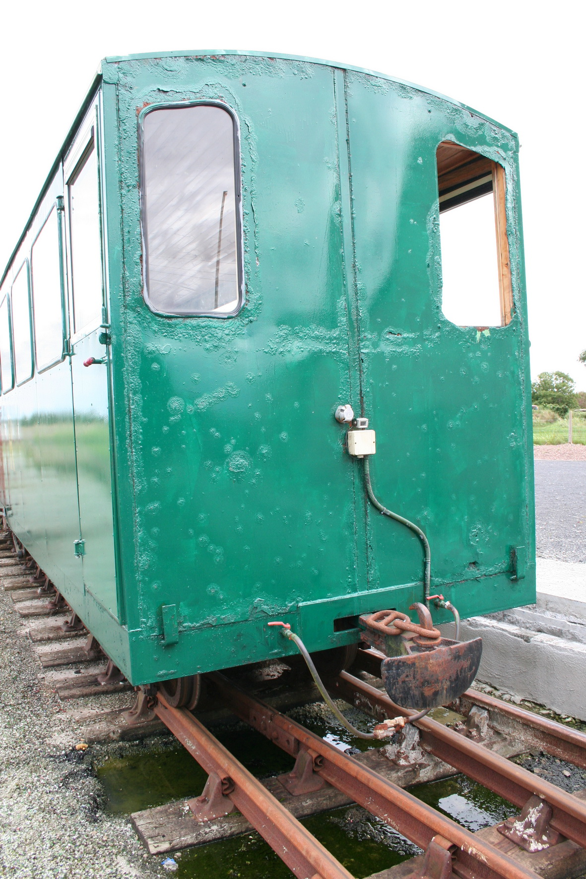 Stern fender on the rear carriage