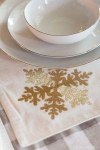 Christmas-Dining-Room-11