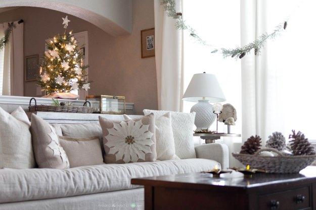 Christmas Home Tour-Around the Watts House