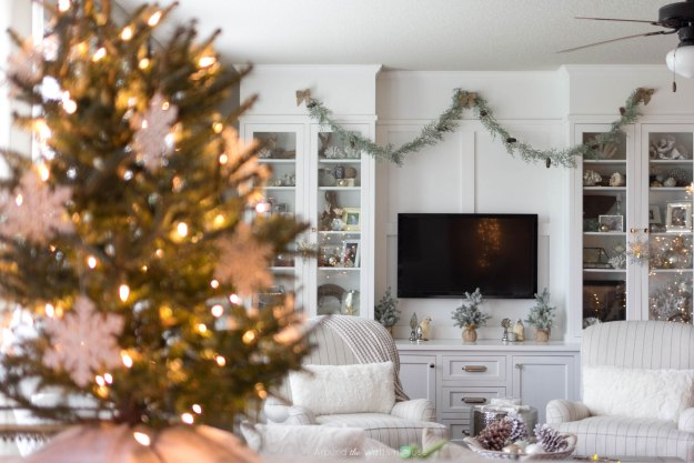 Christmas Home Tour-Around the Watts House