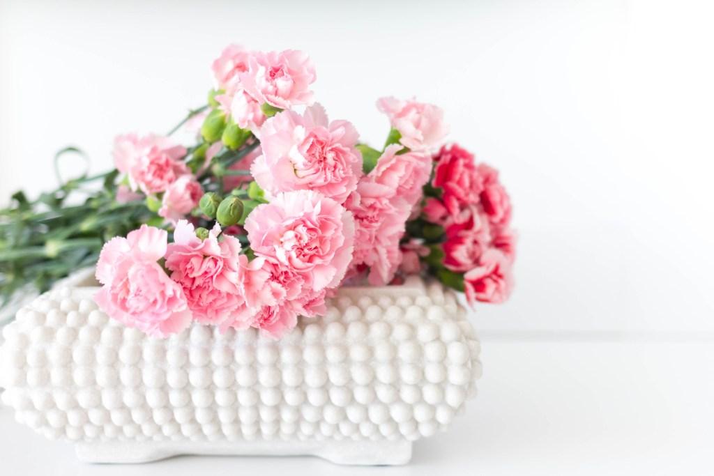 Valentine's Day Decor Idea with IrisNacole.com