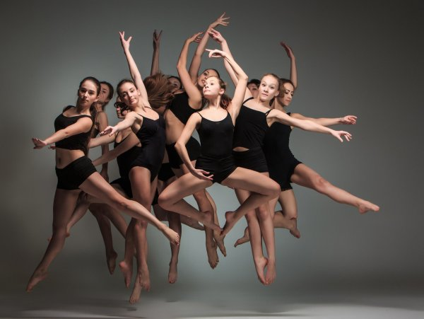 jumping-dancers-scaled