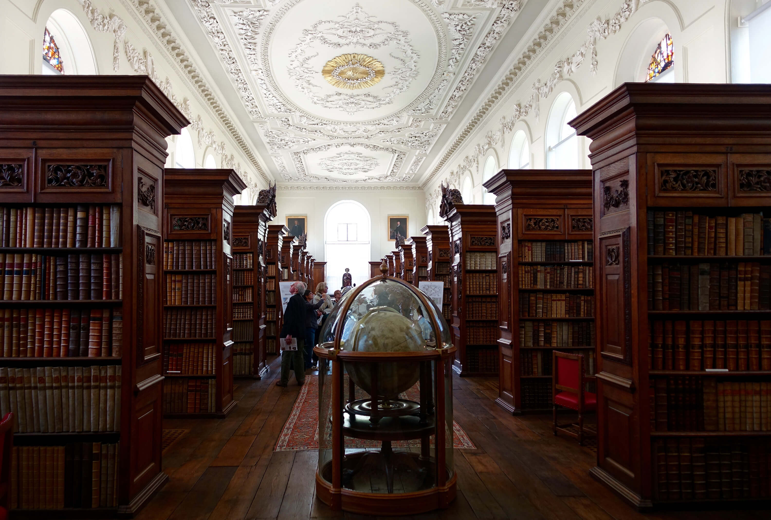 Queen's College Library Oxford