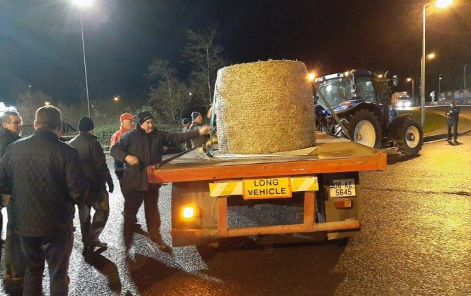 Irlandzcy rolnicy zablokowali centrum dystrybucji Aldi, w proteście przeciwko cenom wołowiny