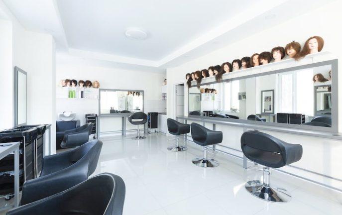 Leo Varadkar oficjalnie potwierdził datę otwarcia salonów fryzjerskich i kosmetycznych.