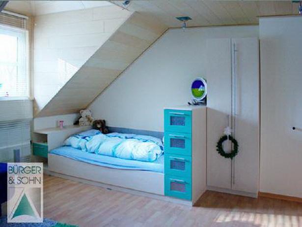 Kinderzimmer mit dachschrge