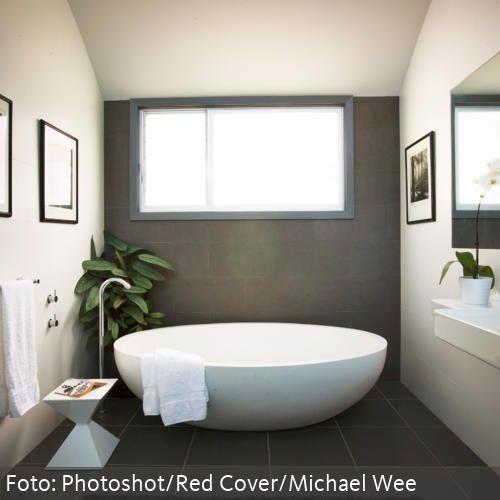 Moderne bder mit freistehender badewanne