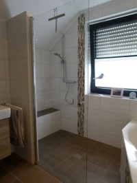 Badewanne kleines bad dusche