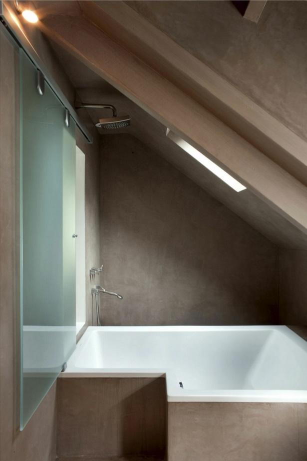 Kleines bad mit dachschrge gestalten