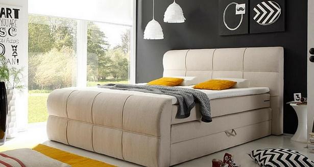 Kleines schlafzimmer groes bett