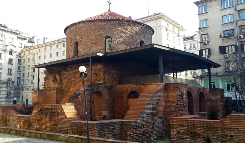 1 Day in Sofia Walking Itinerary | St. George Church