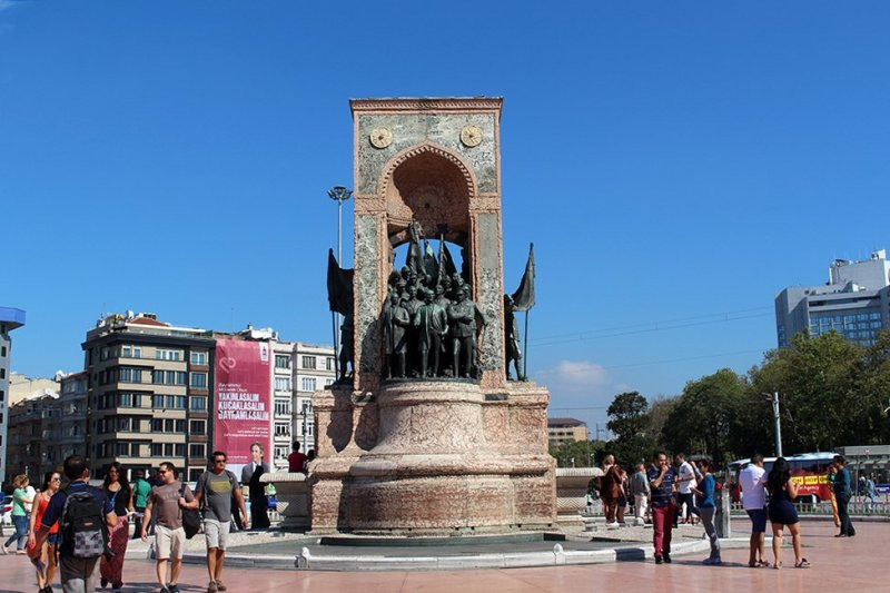 Taksim Square | 20+ Places to See in Istanbul