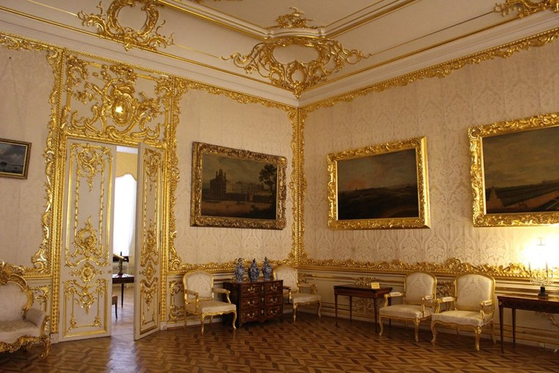 3 Best 1-Day Trips from St. Petersburg | Interior of Catherine's Palace