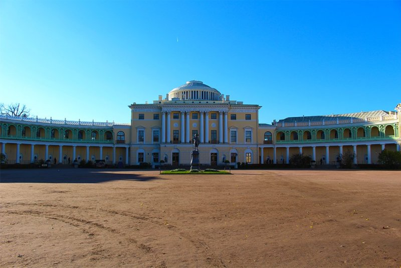3 Best 1-Day Trips from St. Petersburg | Pavlovsk Palace