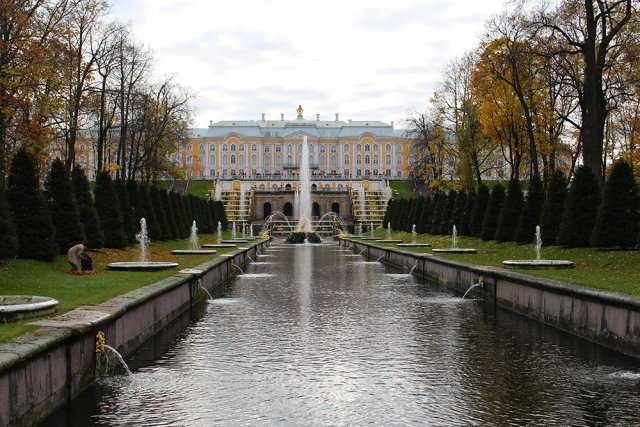 3 Best 1-Day Trips from St. Petersburg | Peterhof Palace