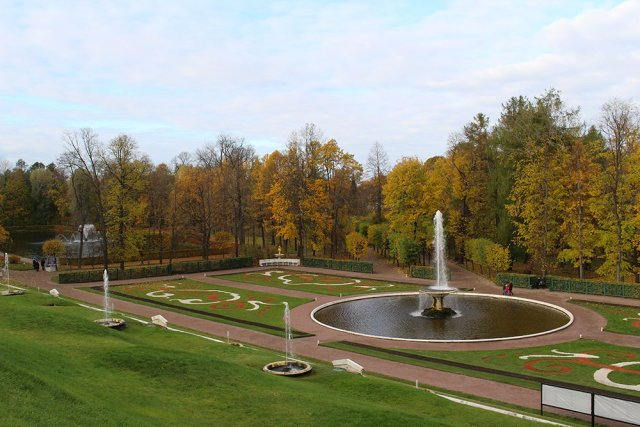 3 Best 1-Day Trips from St. Petersburg | Peterhof Park