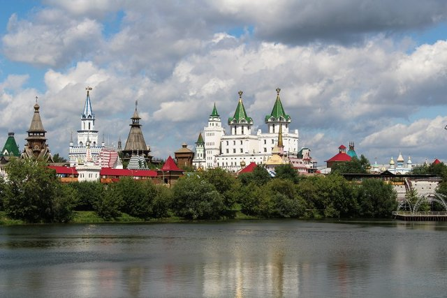 Top 10 places to see in Moscow, Russia | Izmailovsky Kremlin