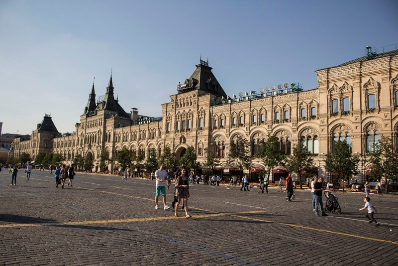 Top 10 places to see in Moscow, Russia | GUM at the Red Square